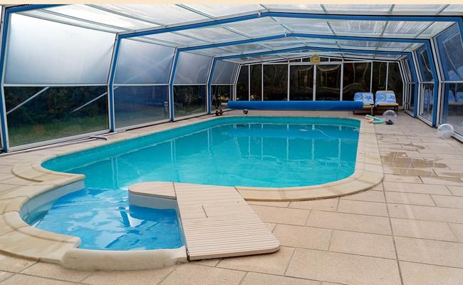 modèles d'abris de piscine